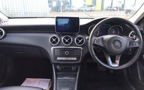 Mercedes-Benz A180 SPORT PREMIUM  '2016